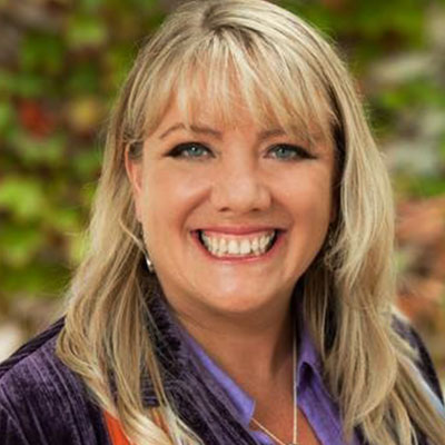 For almost 30 years, Jennifer McLean has served as a heart-centered and mindful spiritual catalyst and healing facilitator, guiding hundreds of thousands to transmute their deepest fears, blocks, and old beliefs into new levels of alignment, growth, health, wholeness and abundance.