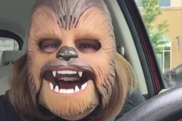 3 THINGS WE CAN LEARN FROM THE LAUGHING WOMAN IN THE CHEWBACCA MASK