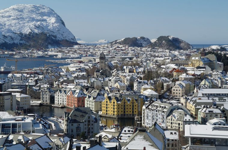 Tensions Grow With Russia, US Troops Land in Norway