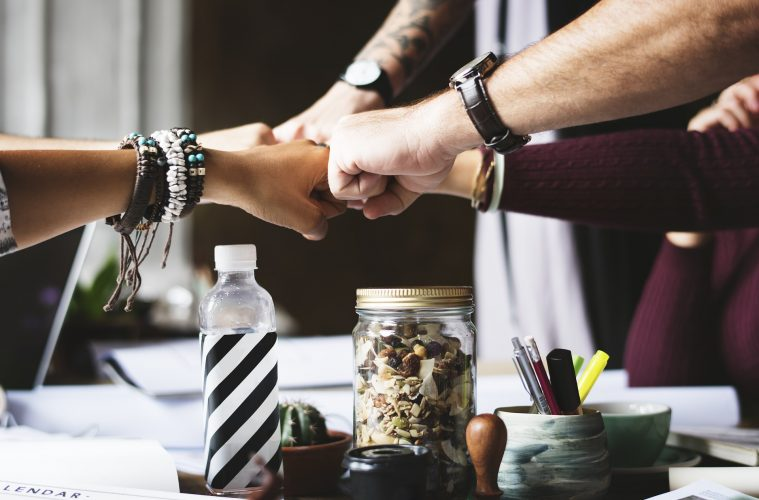 Empower Others - 6 Ways to Become An Empowering Leader