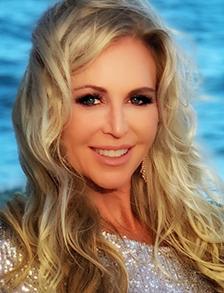 Debbie Johnson's headshot